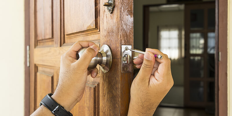 Lock Issues Saturday and Sunday Try Locksmiths who Work Weekends - Veritas Locksmith Brookline MA